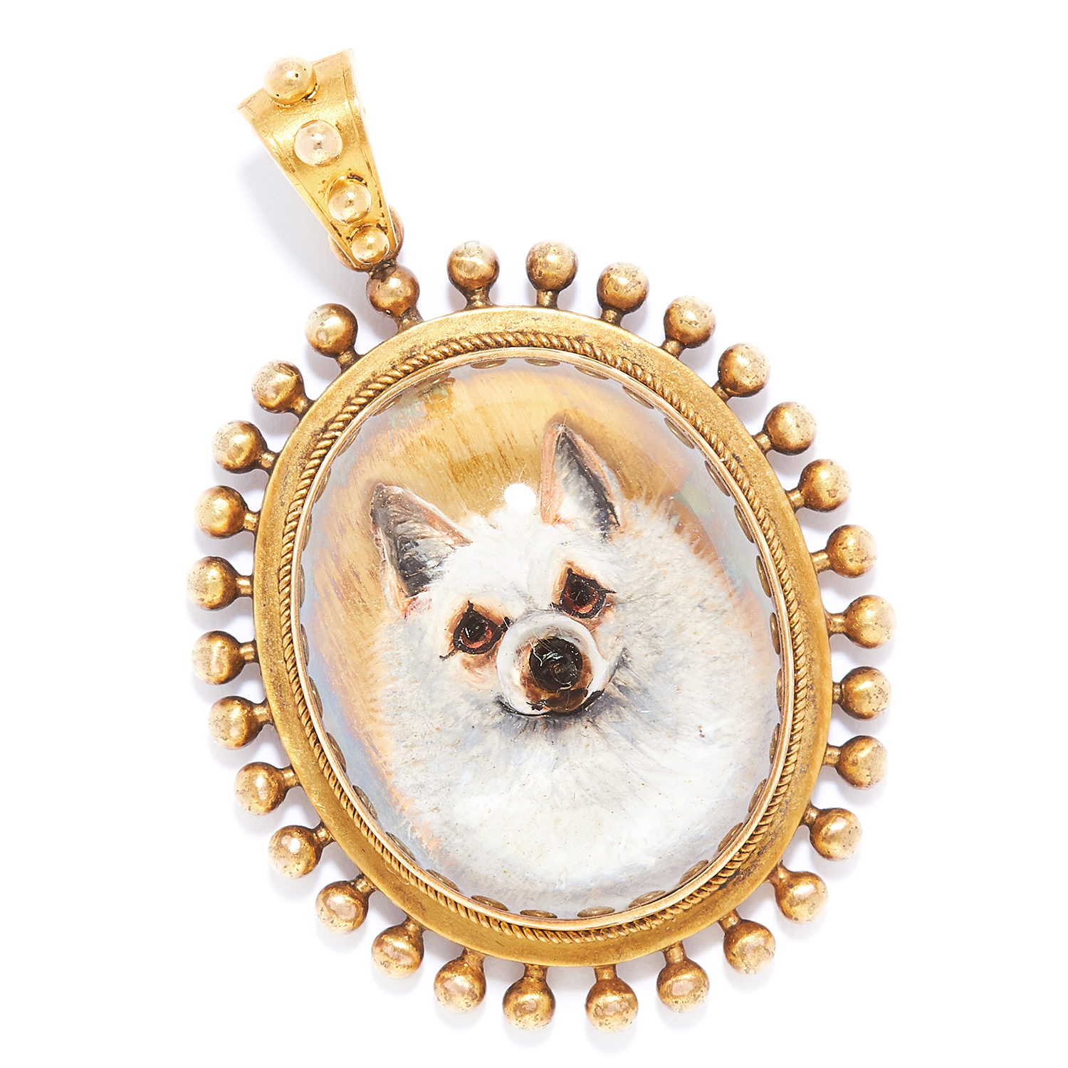 Los 22 - ANTIQUE ESSEX CRYSTAL DOG PENDANT in high carat yellow, set with a reverse intaglio of a dog,