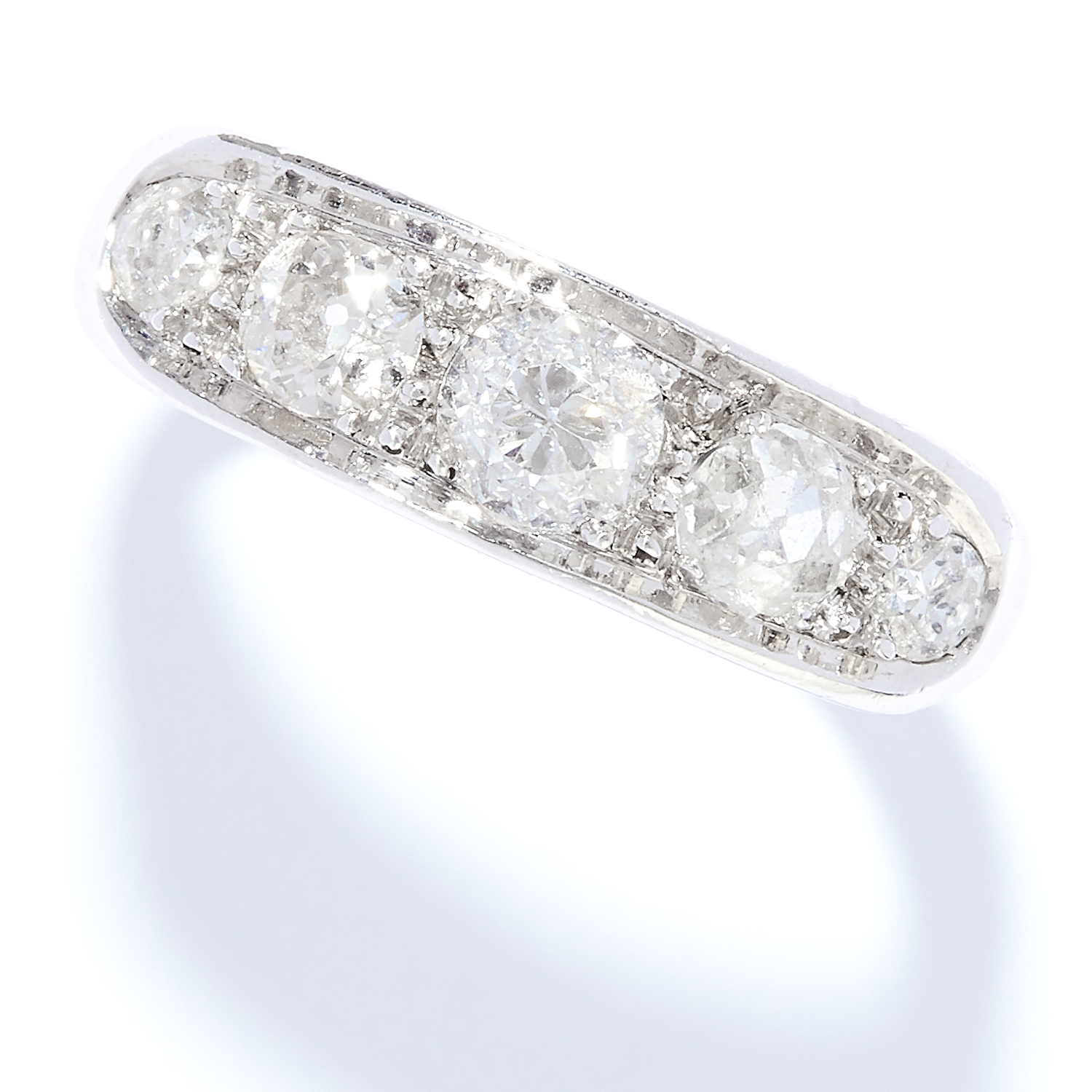 Los 37 - DIAMOND FIVE STONE RING in white gold or platinum, set with five round cut diamonds, French assay