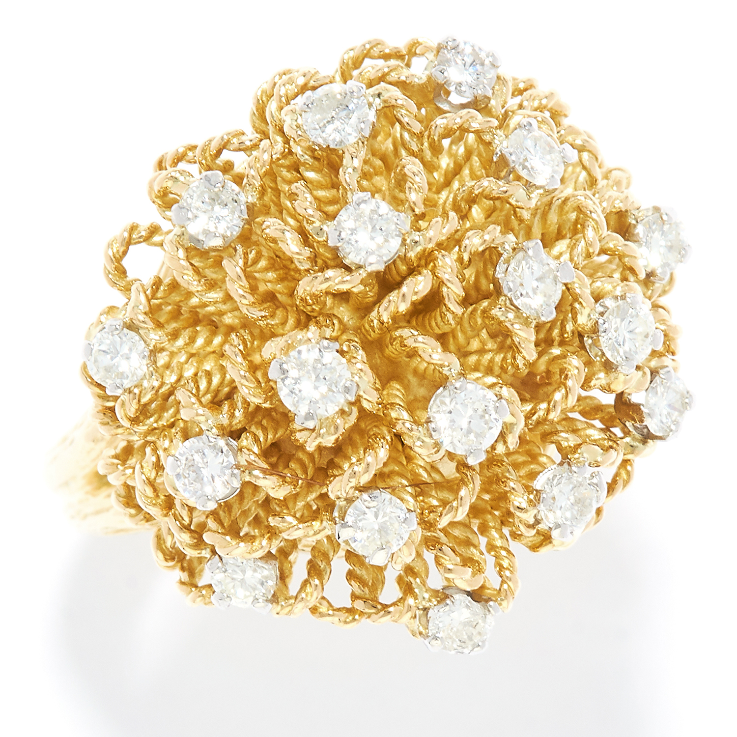 Los 59 - DIAMOND DRESS RING, KUTCHINSKY in 18ct yellow gold, the textured gold is set with round cut