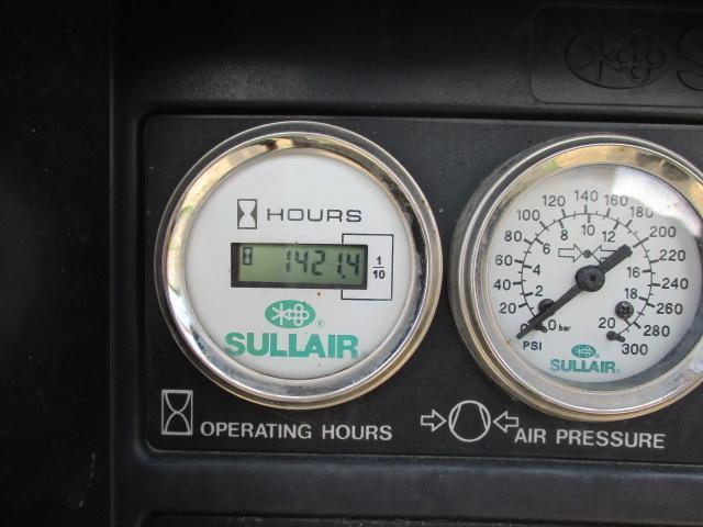 Air Compressor - Image 5 of 5