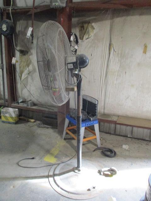 Pedestal Fan - Image 2 of 2
