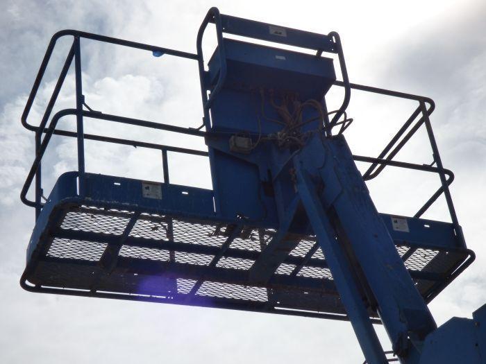 Genie Telescopic Boom Lift - Image 6 of 8