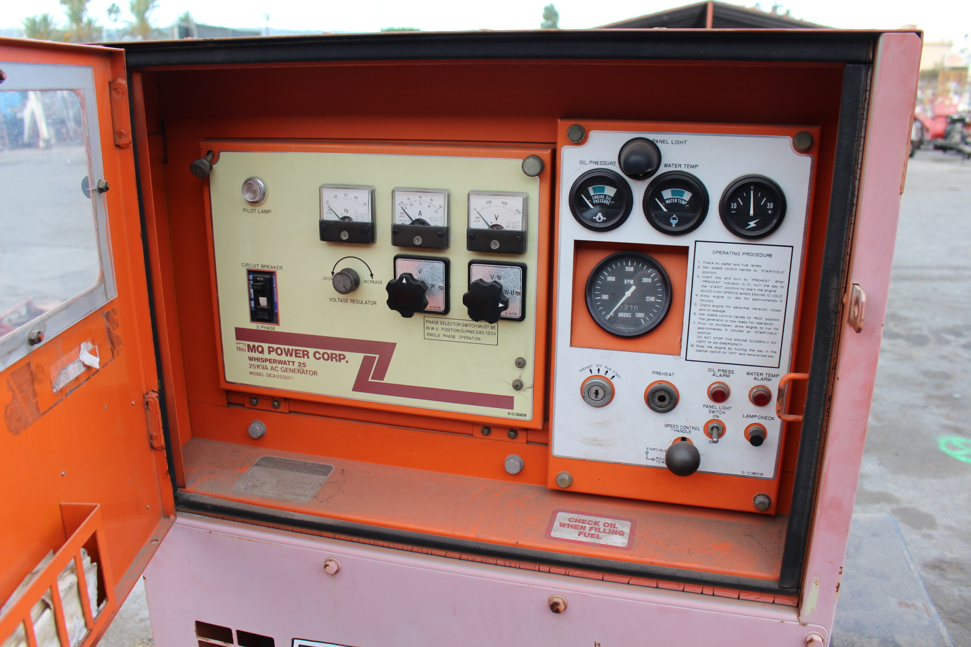 Lot 33 - WHISPERWATT PORTABLE AC GENERATOR, MODEL DCA-25SS, 25 KVA, S/N 3664104, 370 HOURS, TRAILER MOUNTED