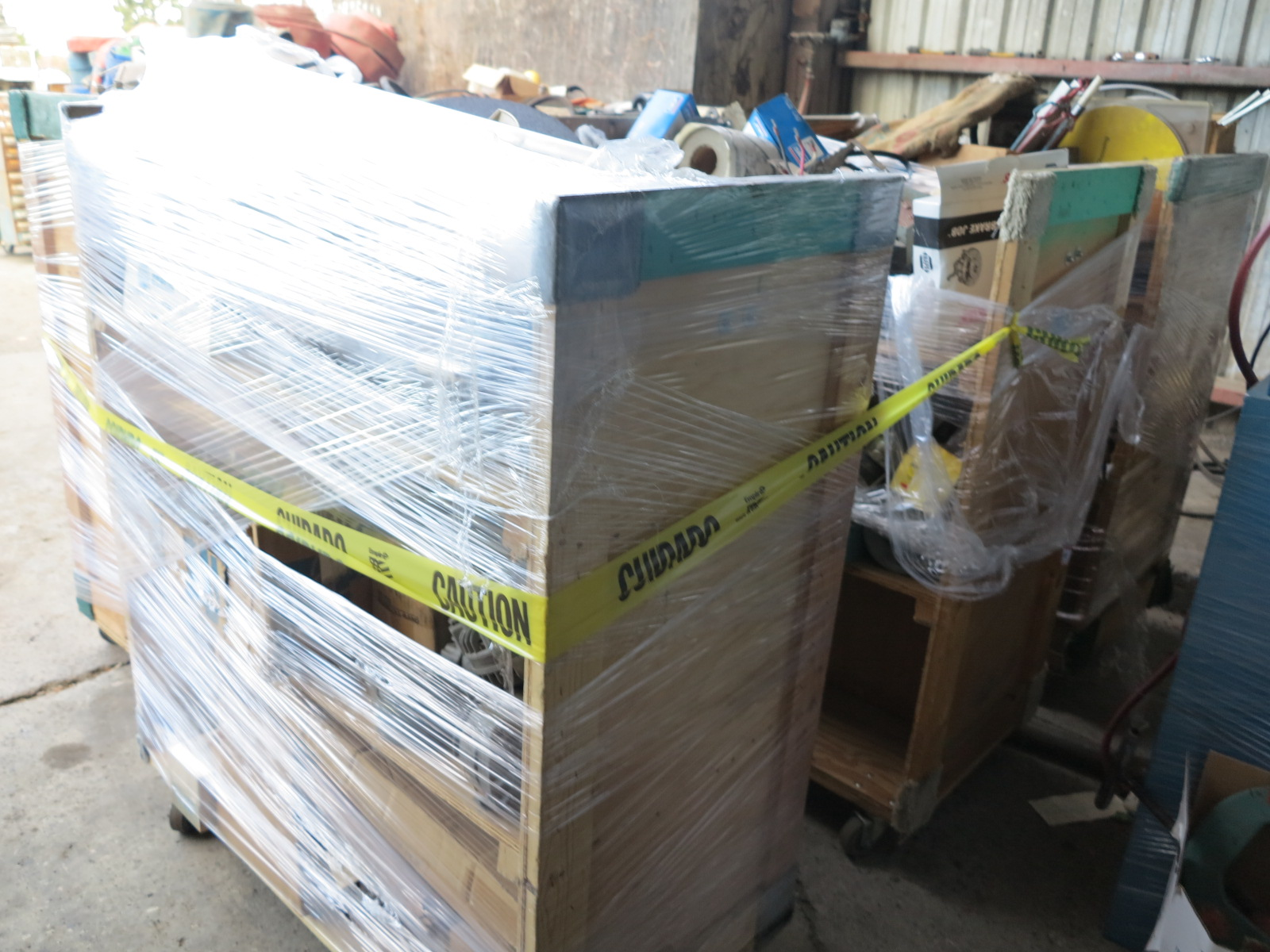 LOT - (6) CARTS TO CONTAIN: JACKHAMMER BITS, AUTOMOTIVE AND RELATED ITEMS - Image 5 of 5
