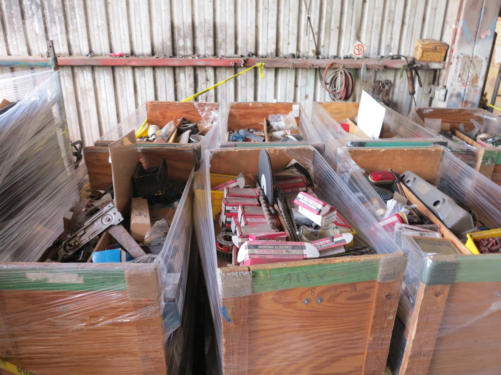 Lot 9 - LOT - (8) CARTS TO CONTAIN: AUTOMOTIVE, FASTENING HARDWARE, REDHEADS, RIGGING HARDWARE AND (13)