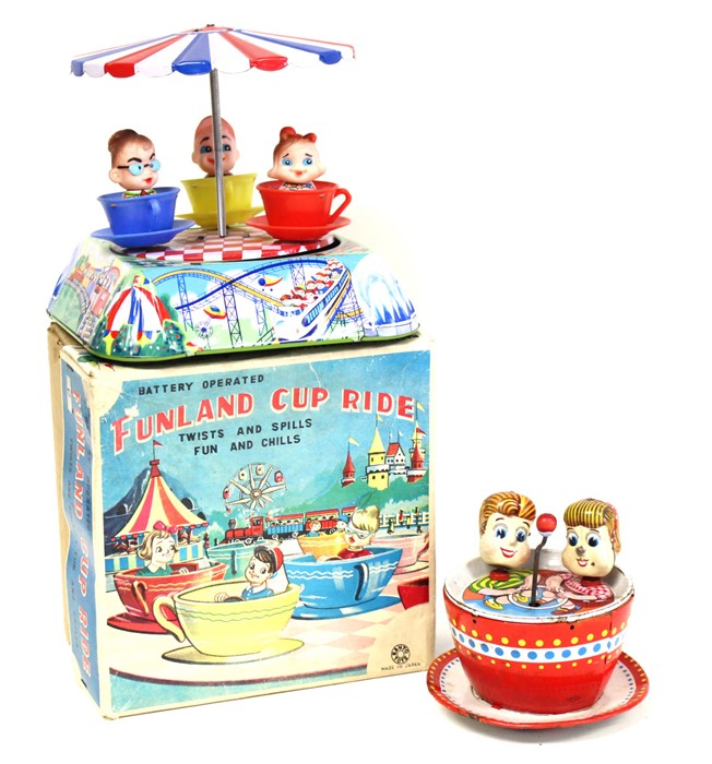 Lot 12 - Funland Cup Ride: A boxed 1960's, battery operated, tinplate, Funland Cup Ride, Made by Kanto