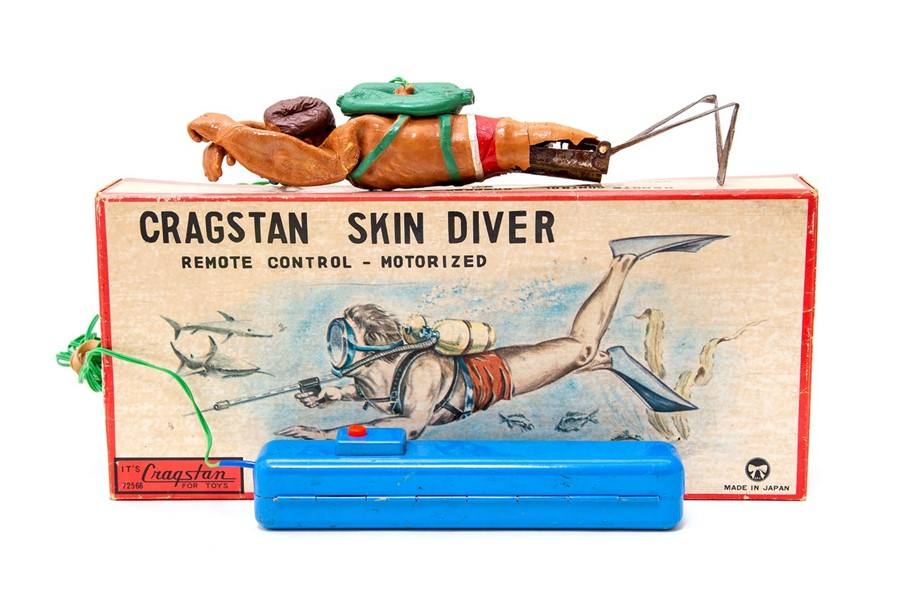 Lot 58 - Skin Diver: A boxed, remote control, motorized, Cragstan Skin Diver, Made in Japan, complete