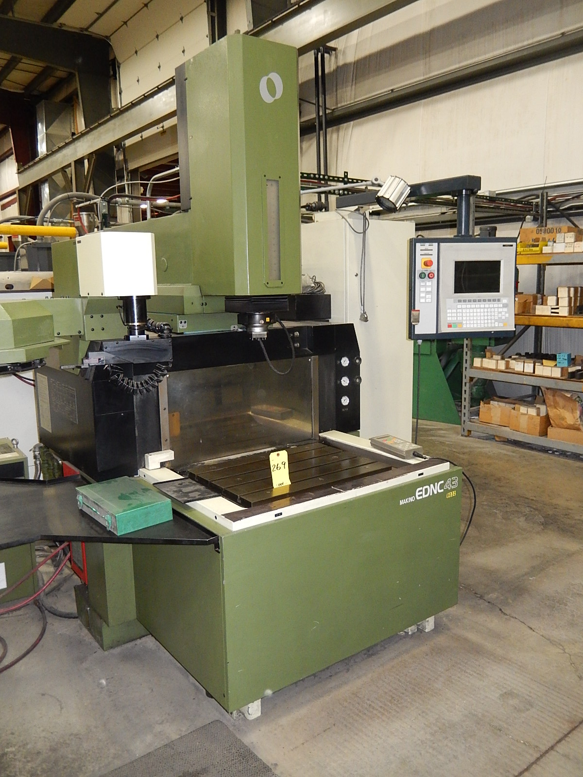 Lot 269 - MAKINO 4-AXIS CNC SINKER ELECTRICAL DISCHARGE MACHINE, MODEL EDNC-