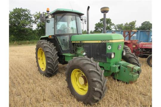 1992 JOHN DEERE 3050 TRACTOR fitted with puh, AirCon, 1000