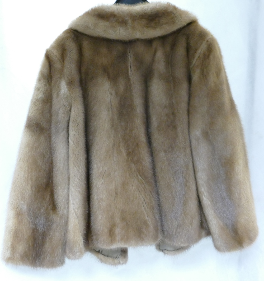 Lot 267 - Ladies vintage blonde mink fur jacket, s