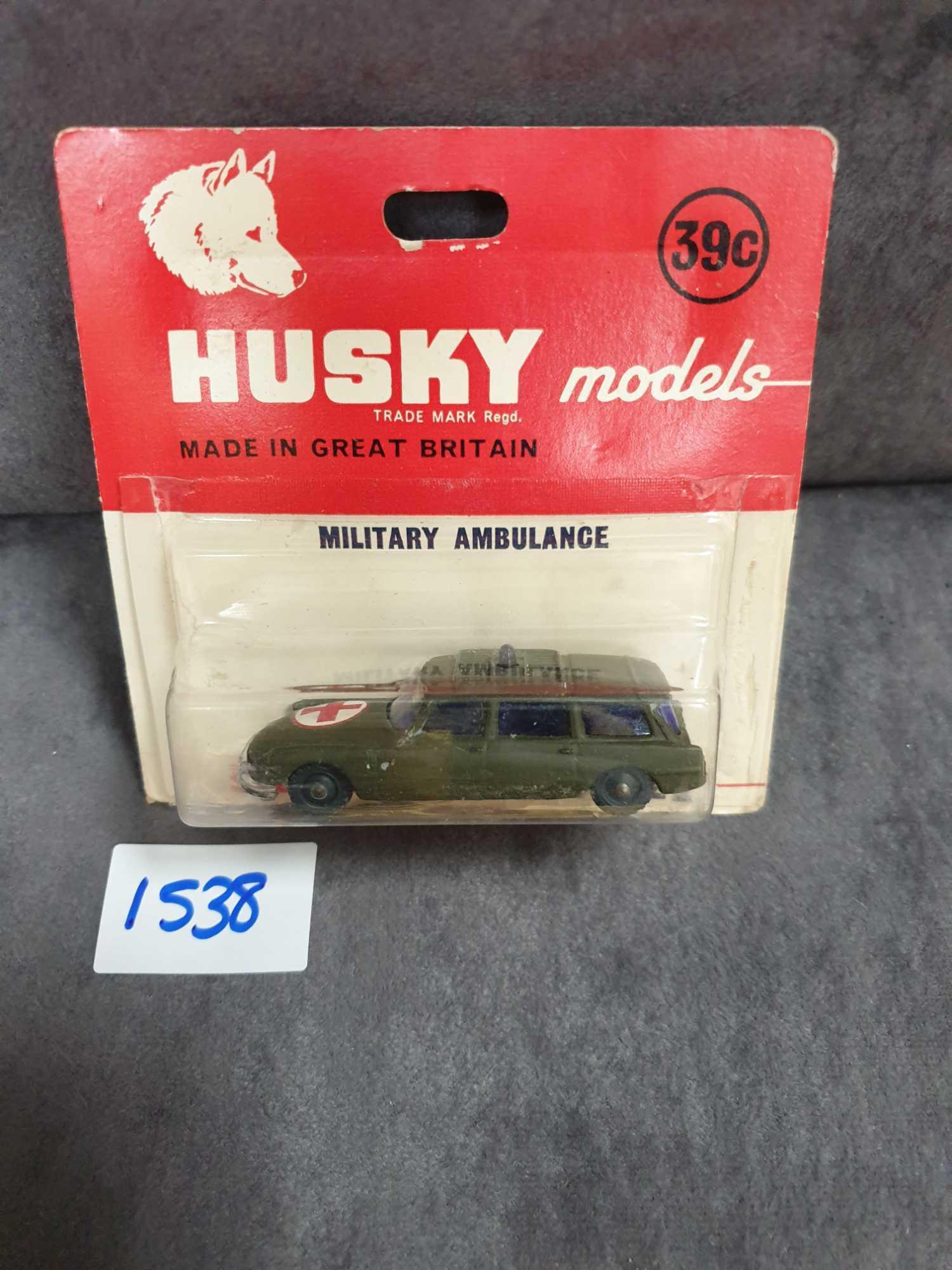 Husky Models Diecast #22 Military Ambulance On Bubble Card