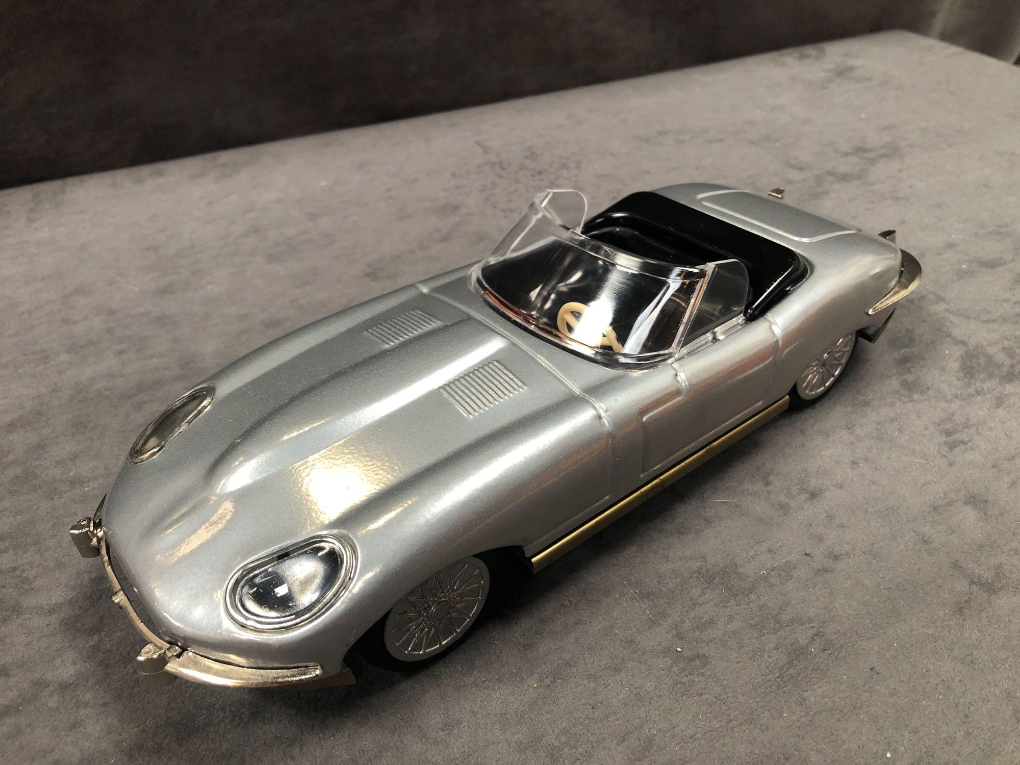 Lendulet Auto Push & Go Tinplate E Type Jaguar In Box - Image 2 of 2
