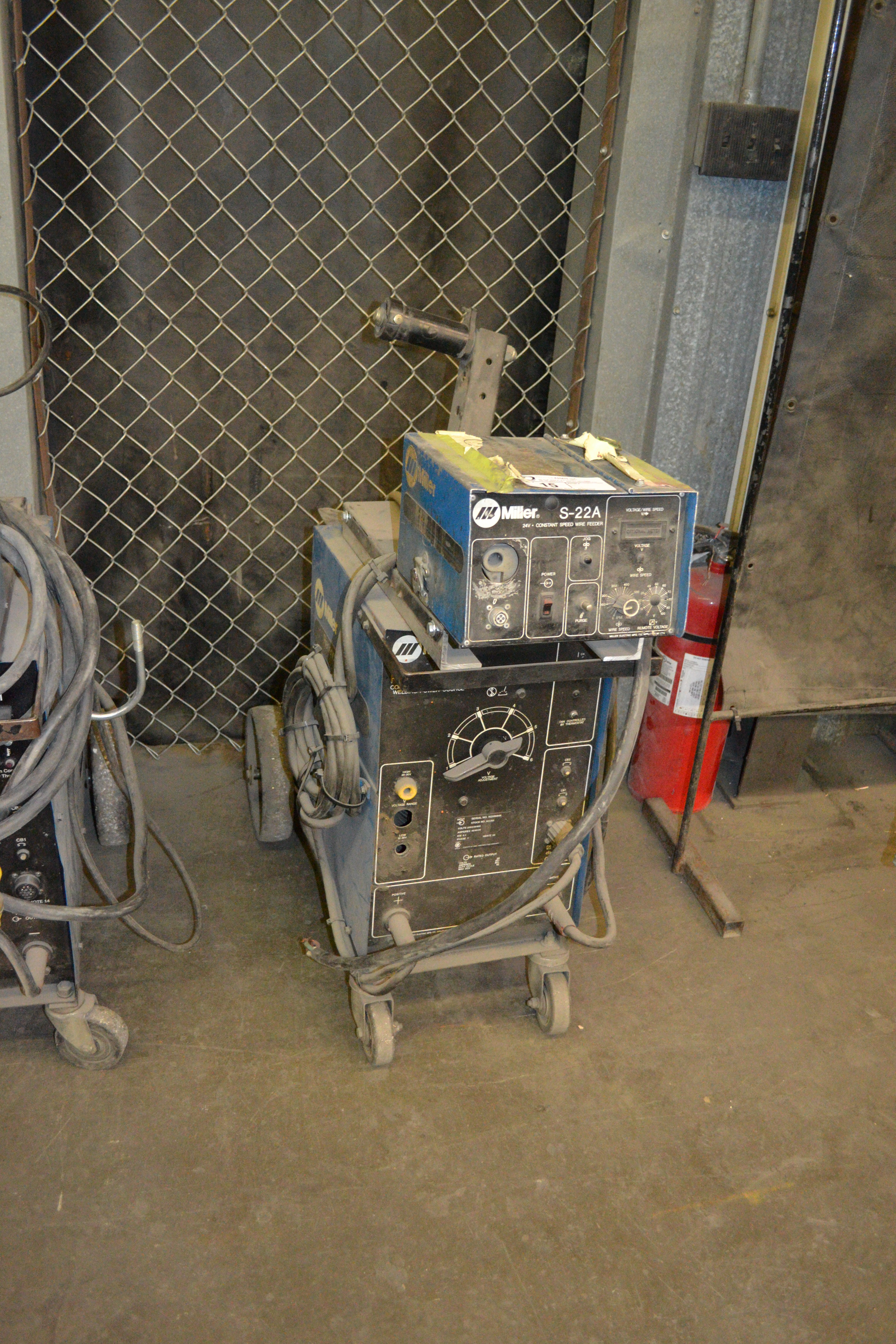 Lot 15 - Millermatic Regency 250 CV/DC welder with wire feed