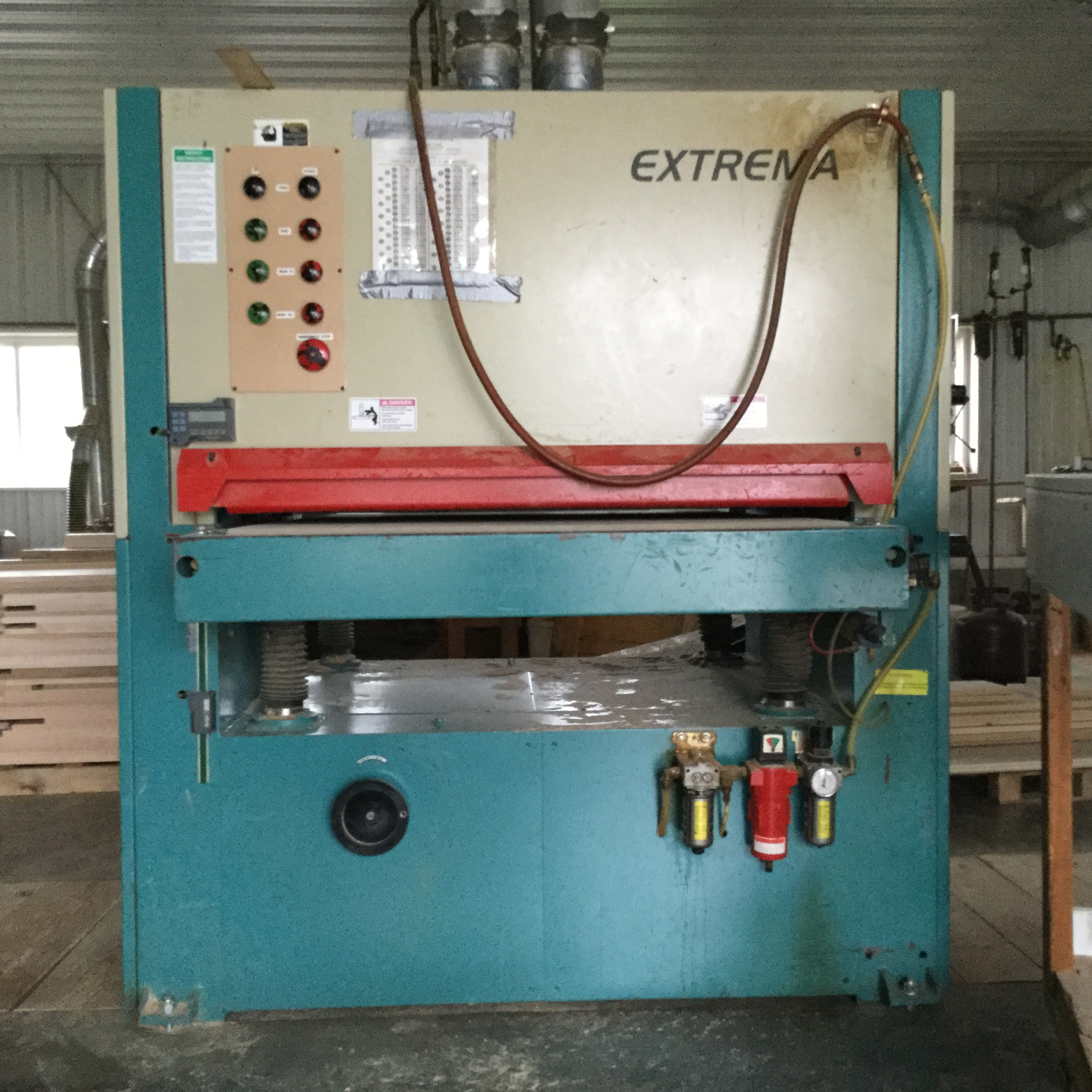 Lot 8 - (936)EXTREMA 43'' 2-HEAD WIDE BELT SANDER
