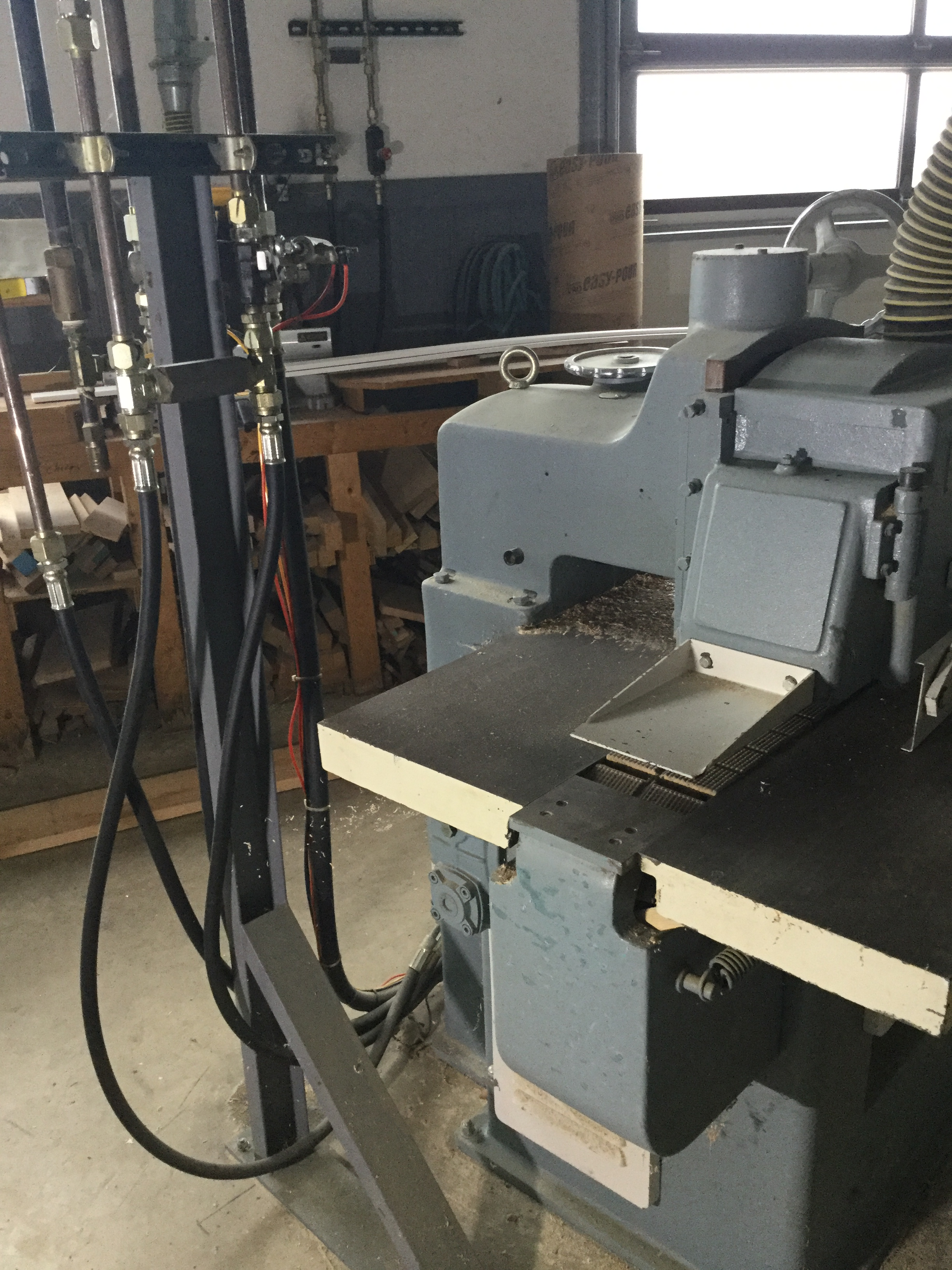 Lot 16 - (950)LIQUIDATION - NORTHTECH SRS-300 STRAIGHT LINE RIP SAW (HYDRAULIC)
