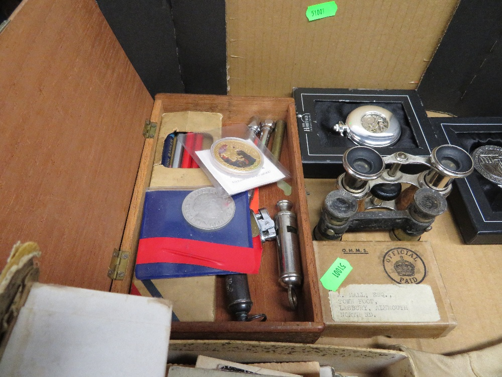 Lot 45 - Box of misc. militaria