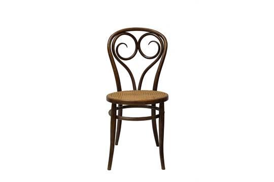 6 sedie Thonet con curvatura a ricciolo. Dimensioni: 40x40x89 cm ca ...