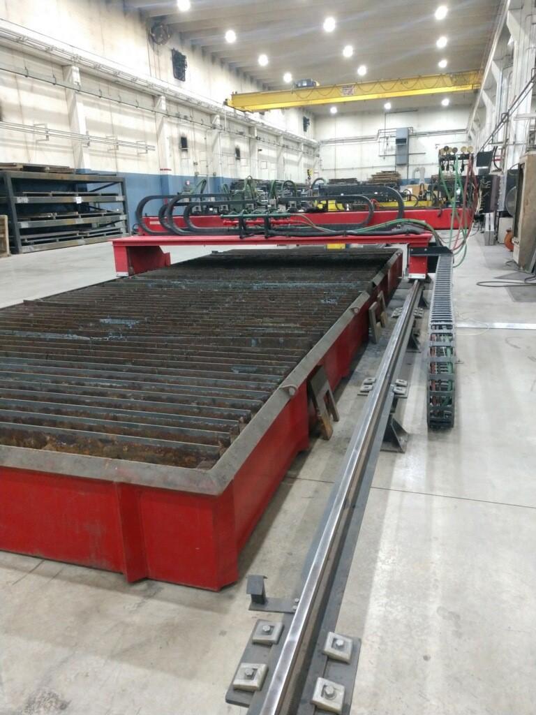 CSI Kodiak CNC Oxygen Cutting System, 10' x 25' Water Table (6) Oxy Torch Stations, (2007) - Image 2 of 5