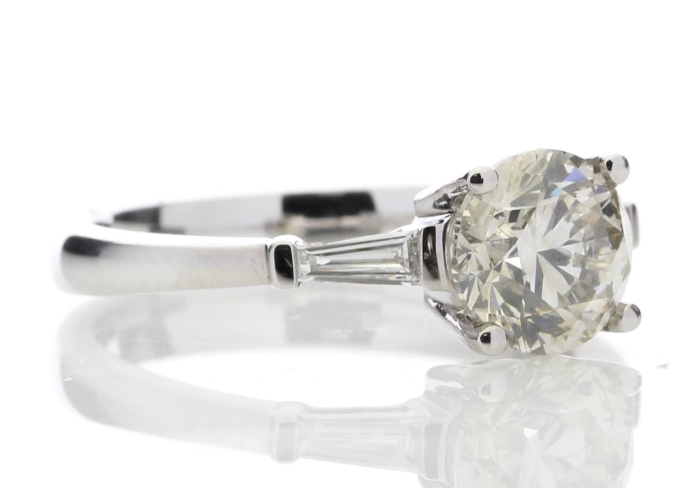 18ct White Gold Single Stone Diamond Ring With Stone Set Shoulders (1.50) 1.62 Carats - Image 4 of 4
