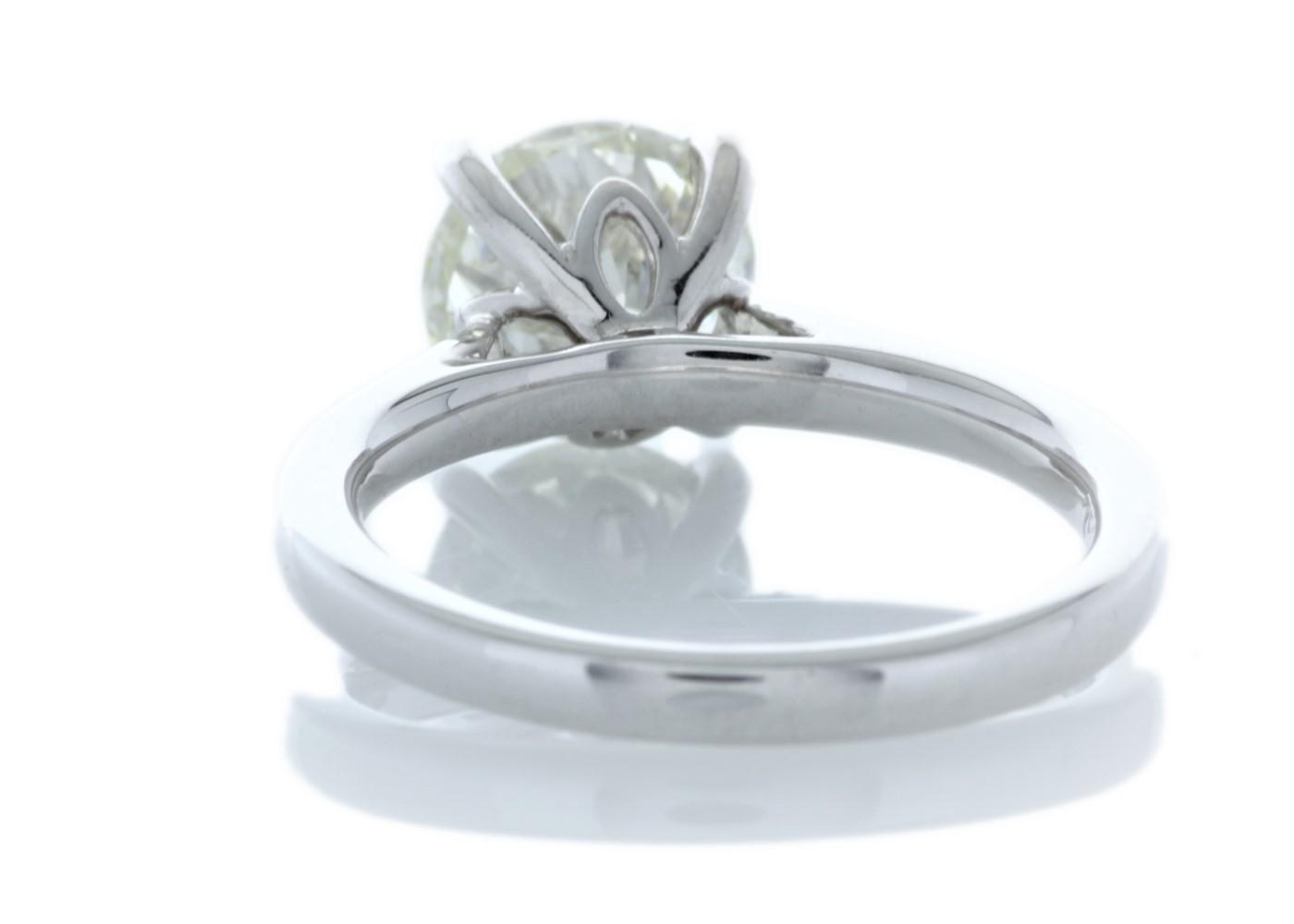 18ct White Gold Single Stone Claw Set Diamond Ring 2.05 Carats - Image 4 of 5
