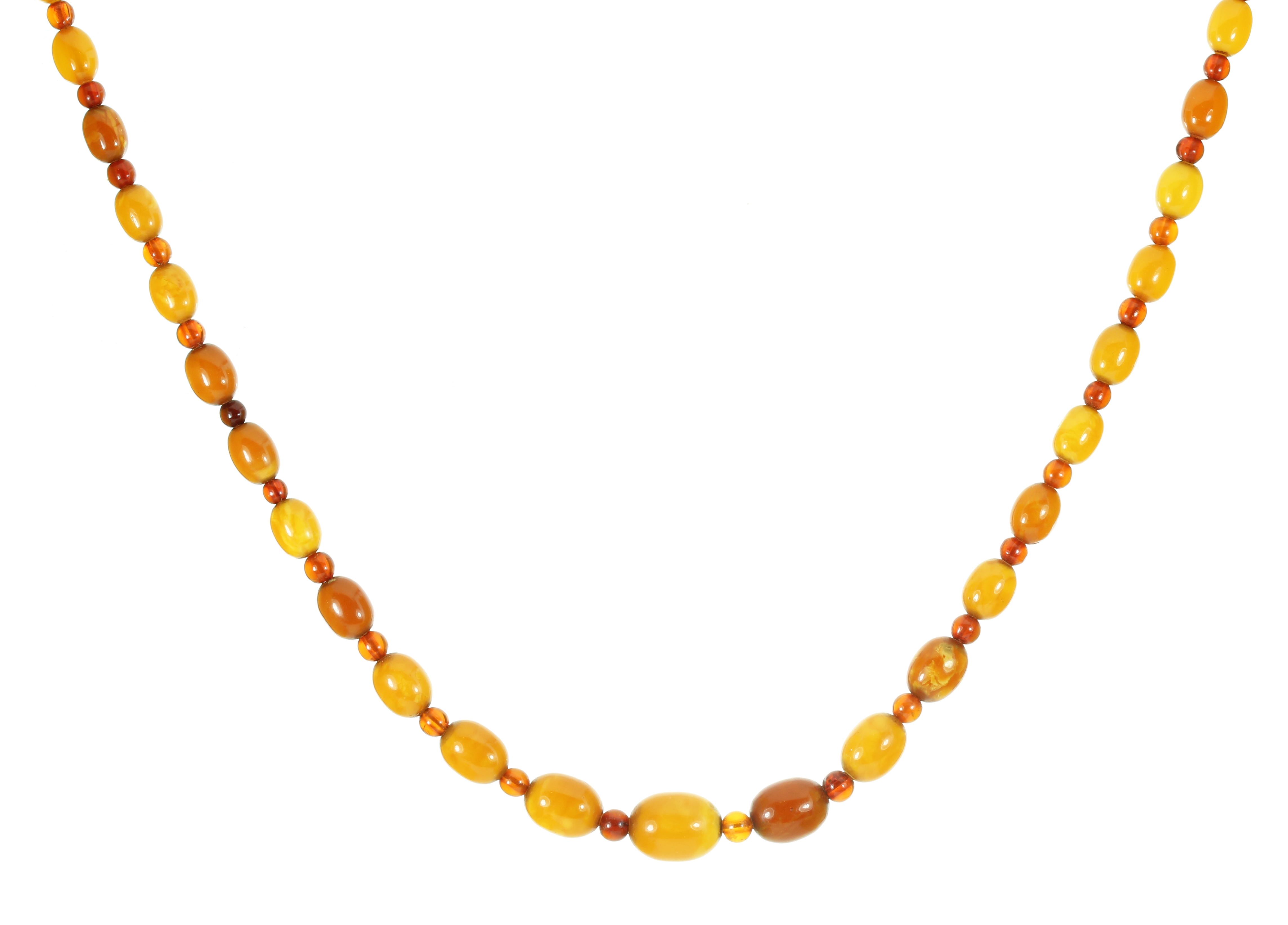 Los 16 - AN ANTIQUE NATURAL AMBER BEAD NECKLACE comprising a single row of forty-one gradated polished oval