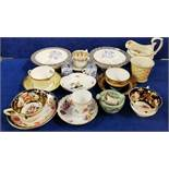 SHELF LOT CABINET CUPS AND SAUCERS TO INCLUDE ROYAL WORCEST