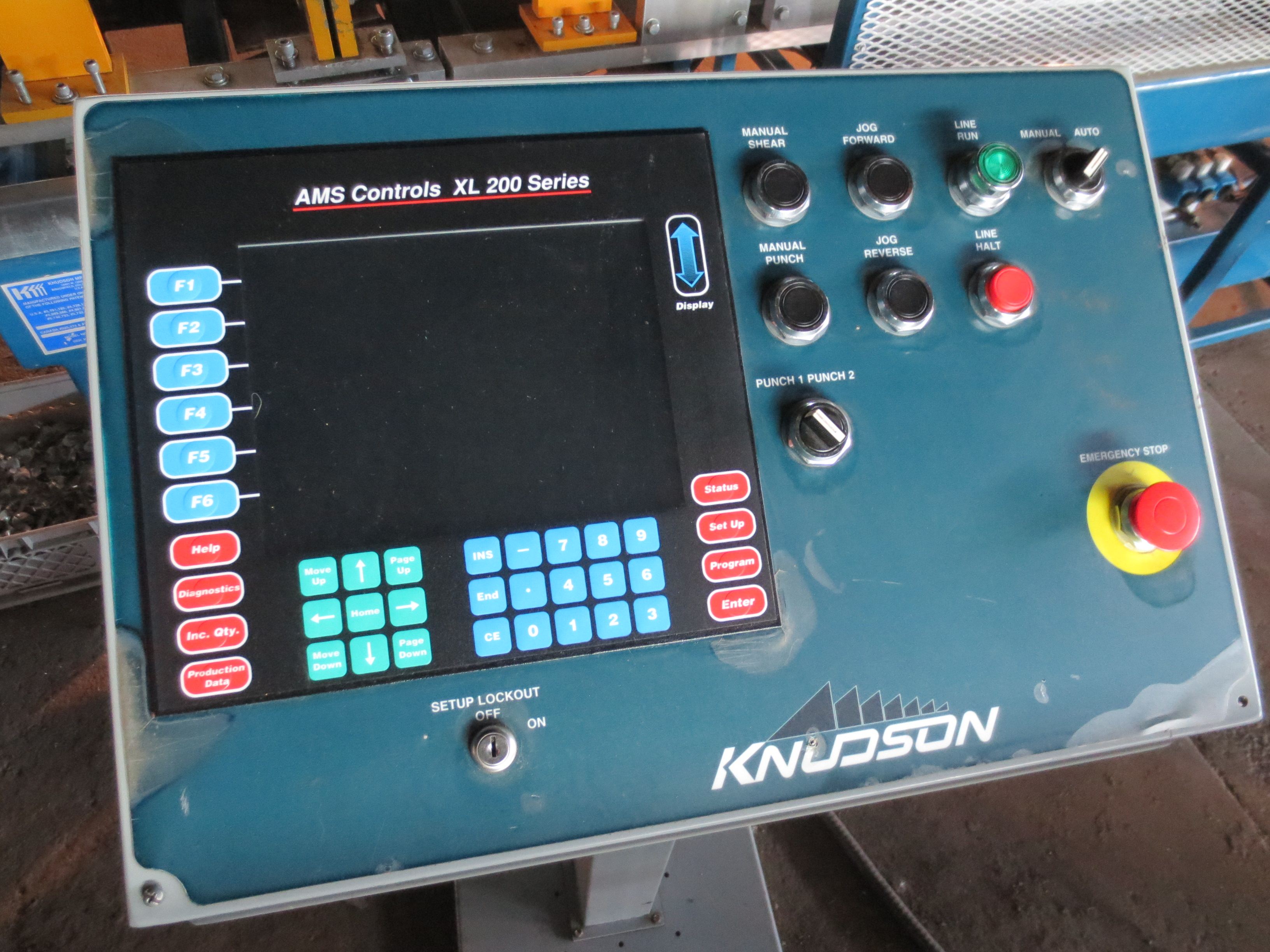 Lot 1 - KNUDSON 246B roll former/FrameMaker with KNUDSON AMS XL 200 control, uncoiler and cut-off with 11