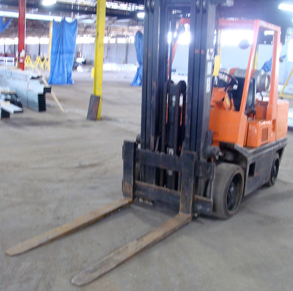 Lot 57 - NISSAN 6,250LB CAP. LPG FORKLIFT, 3-STAGE MAST, APPROX., 8,352HRS