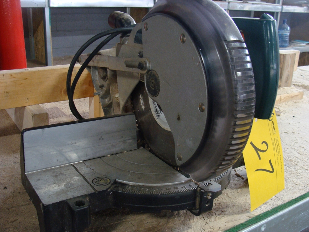 "Lot 27 - 10"" COMPOUND MITRE SAW"