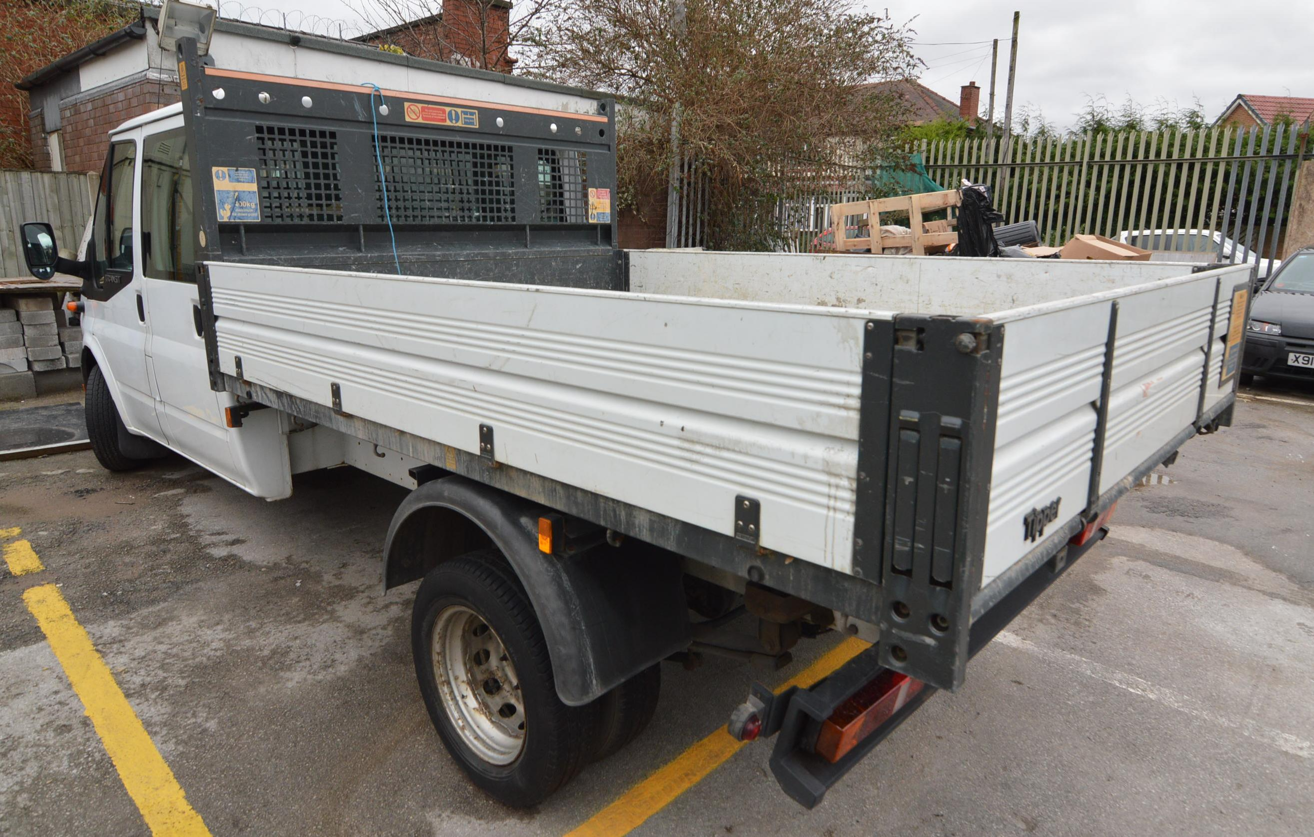 Ford TRANSIT 115 T350L DOUBLE CAB TIPPER, registration no. MF09 WNU ...