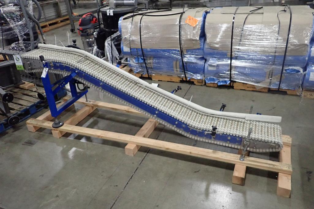Lot 1011 - Spantech incline conveyor, 102 in. long x 11 in. wide x 8 in. infeed x 32 in. discharge, motor and d