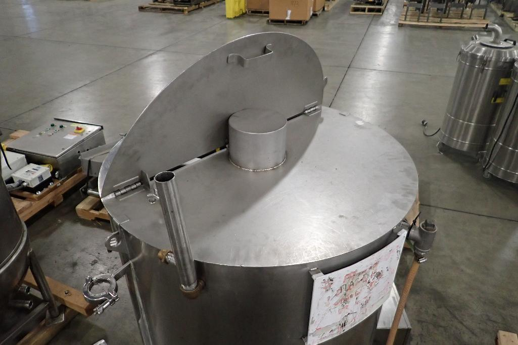 Lot 1065 - 2004 Savage SS jacketed chocolate melt tank, Model 0974-60, SN 159, water jacket, 35 in. dia x 39 in