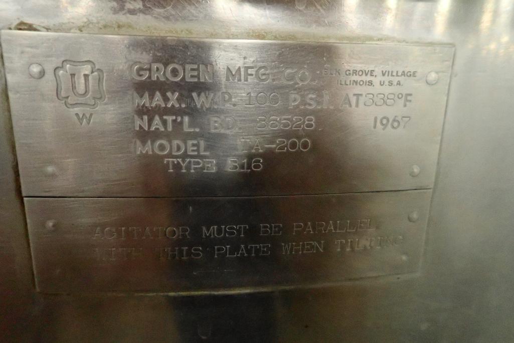 Lot 1068 - 1967 Groen SS 200 gallon jacketed kettle, Model TA-200, 316 SS, 100 psi @ 338F, half jacket, 42 in.