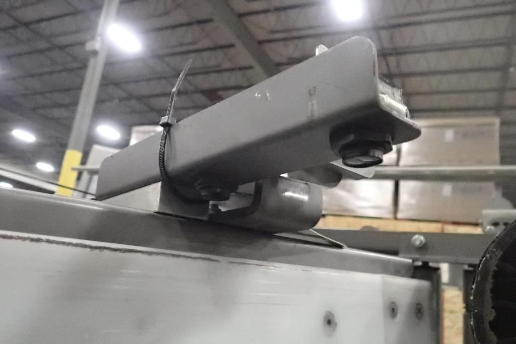 Lot 1033 - 2012 Blue print automation robotic case packer, SN 2335, job no 35808, Allen Bradley panelview plus