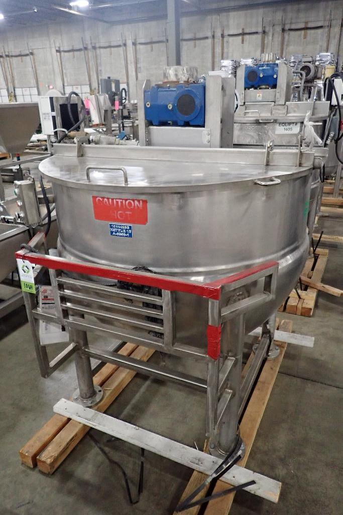 Lot 1069 - 1979 Lee SS 250 gallon jacketed kettle, Model 250-D9MS, SN A-5959-1, 90 psi @ 332F, half jacket, 50