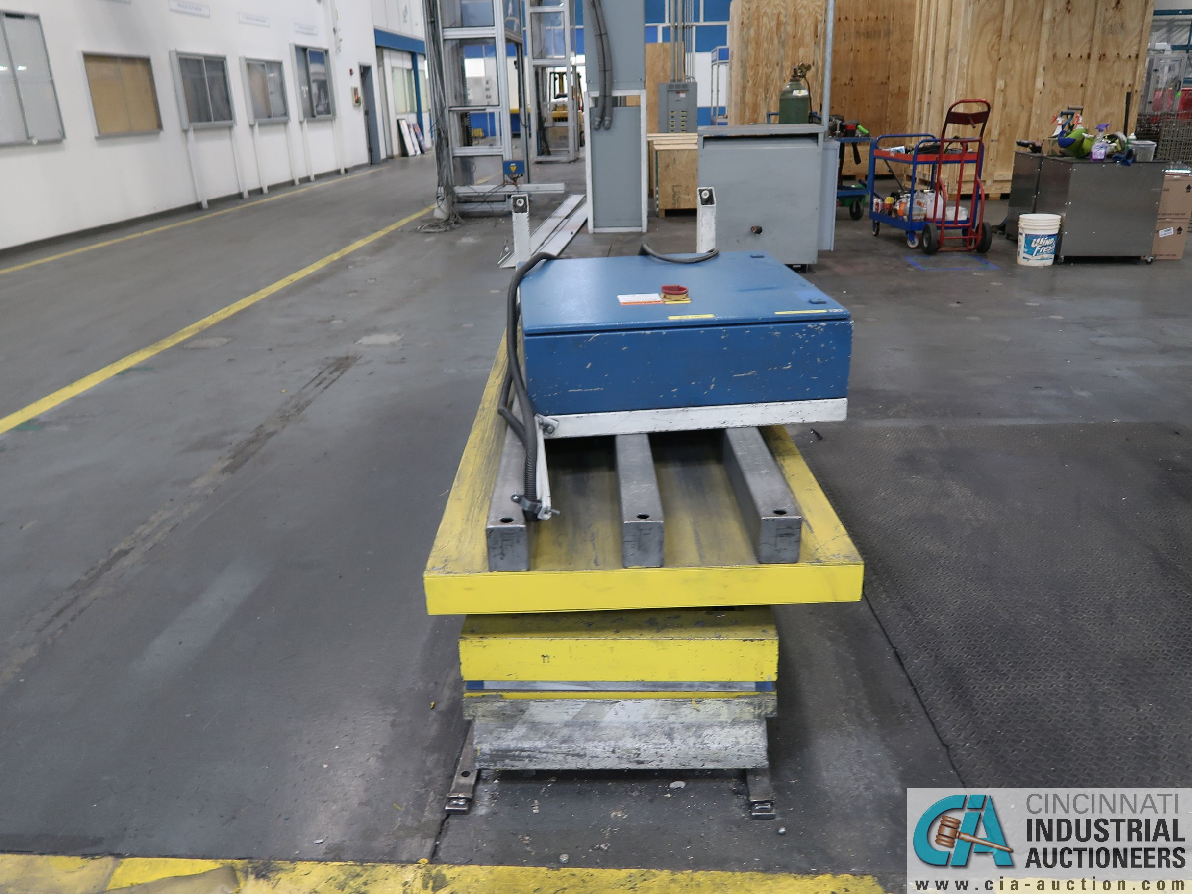 1,000 KG / 2,200 LB. MAX CAPACITY TRACK RUNNING ELECTRIC PENDENT CONTROL - SCISSOR LIFT TABLE; S/N - Image 3 of 3