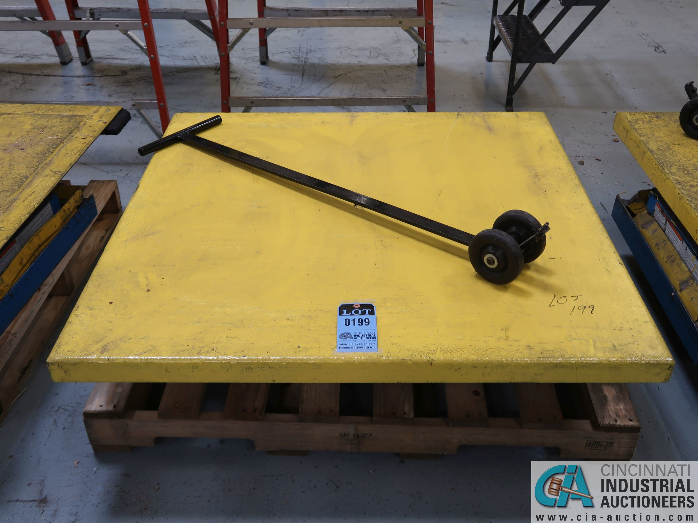 "48"" X 48"" X 3,000 LB CAP BISHAMON MODEL EX-30 ROTATING SCISSOR LIFT TABLE *$25.00 RIGGING FEE"
