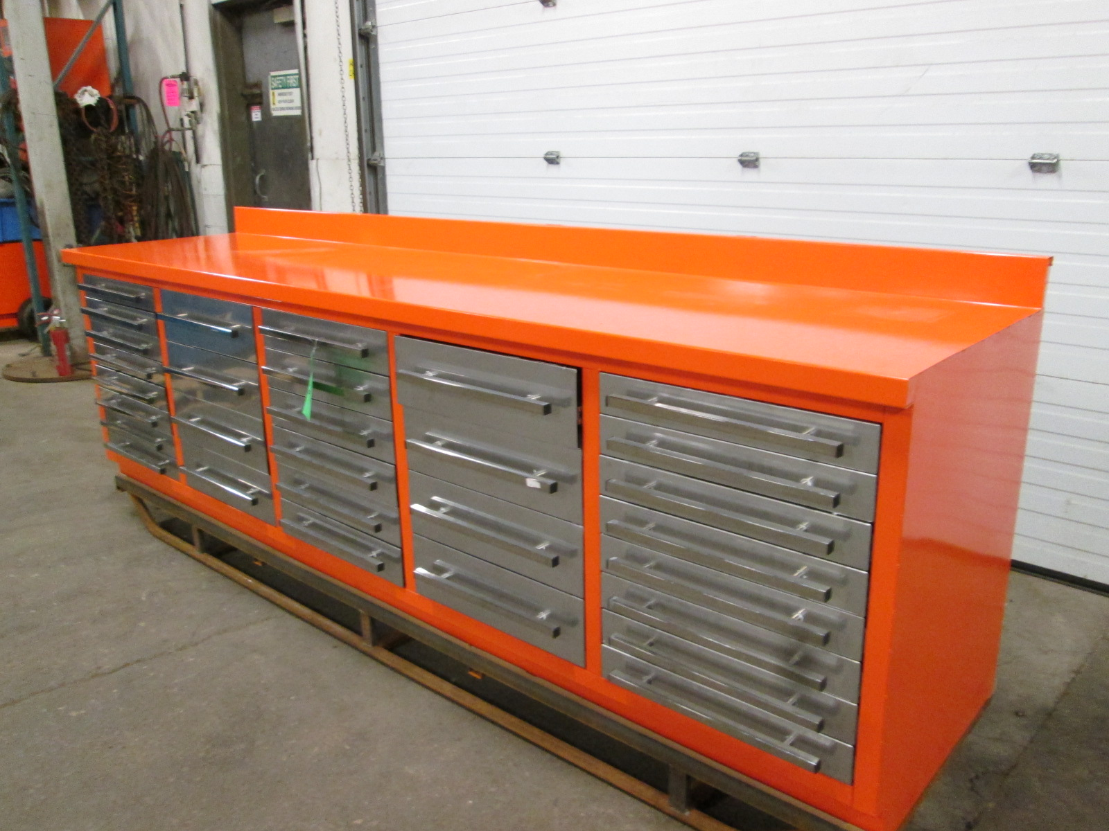 Lista Style 30 Drawer Bench Heavy Duty Cabinet With