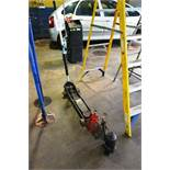 Hydraulic trolley jack, two axle stands and bottle jack