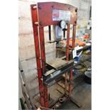 Sealey YK 30 ton hydraulic garage press