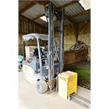 OM XE183AC duplex battery operated forklift truck, with charger. 1,800kg capacity, Year: Unknown,..
