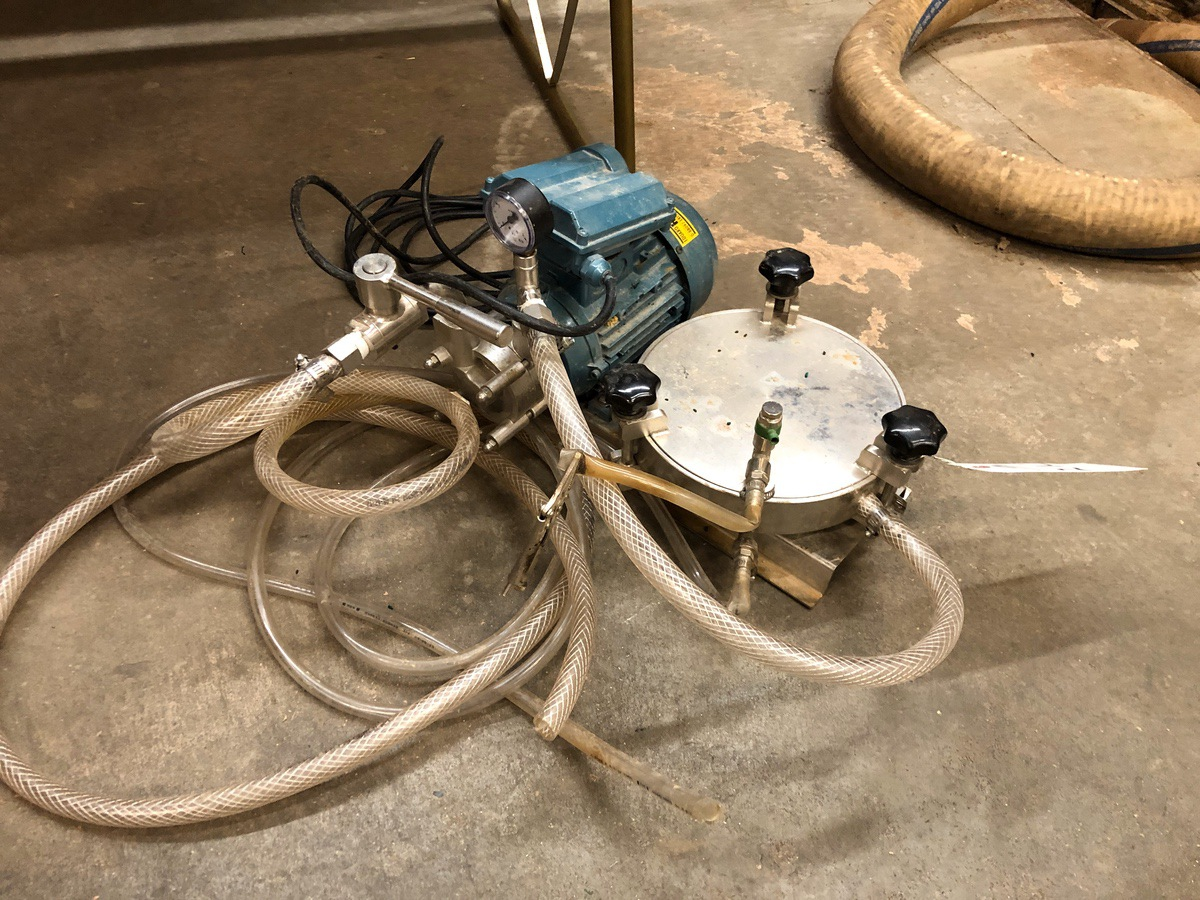 Lot 21C - Plate Filter with Pump | Sub to Bulk | Rig Fee: $50 or HC