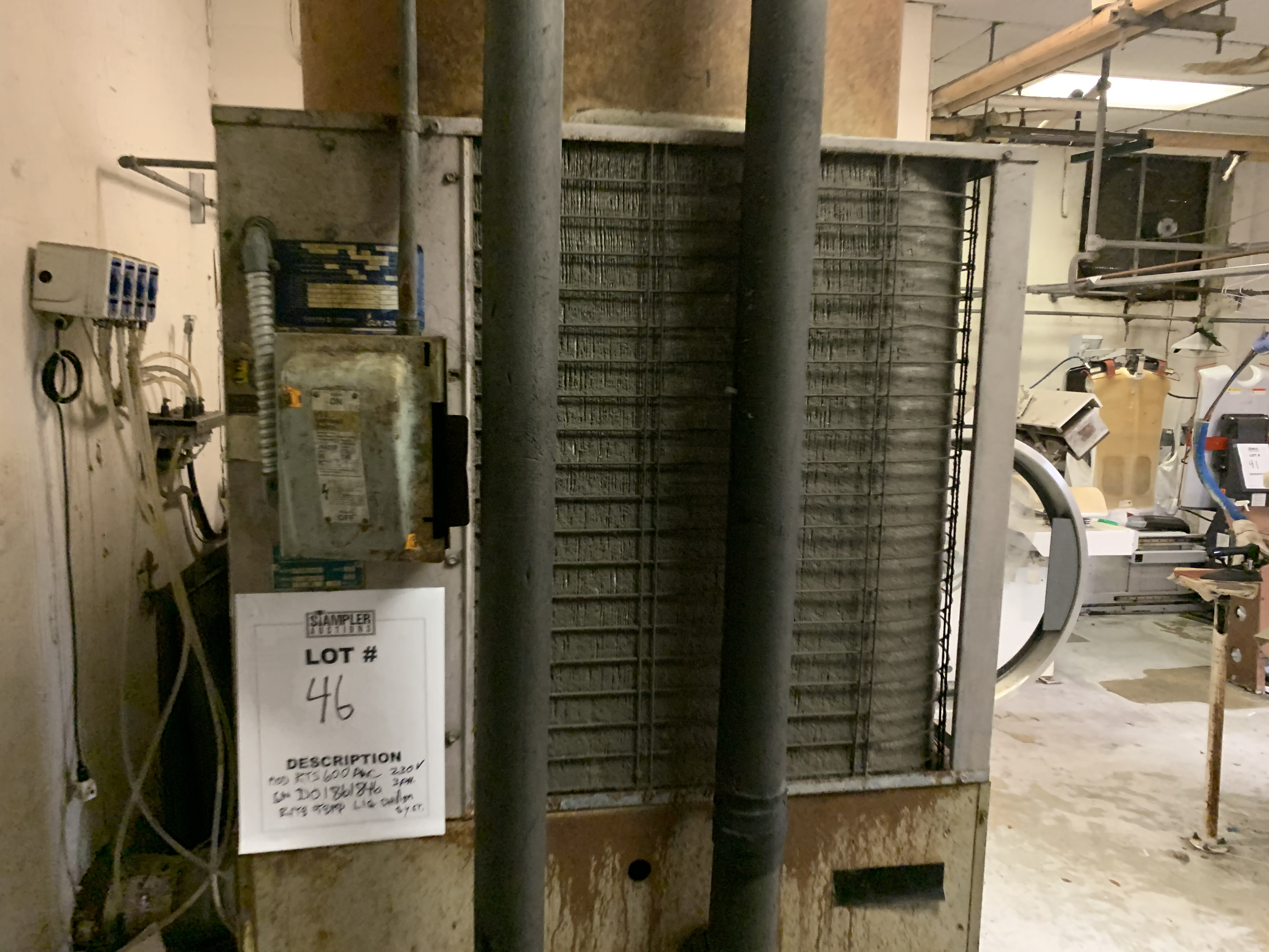 RITE-TEMP RTS-600ANC LIQUID CHILLER SYSTEM - 230 VOLT / 3 PHASE - SERIAL No. D001861846 - Image 2 of 7