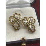 18ct YELLOW GOLD EARRINGS 1.10cts OF HIGH QUALITY DIAMONDS VS CLARITY & E/F COLOUR