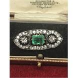 STUNNING EMERALD 2.64ct & DIAMOND 1.39ct BROOCH 2.64ct - OLD MINE CUT DIAMONDS