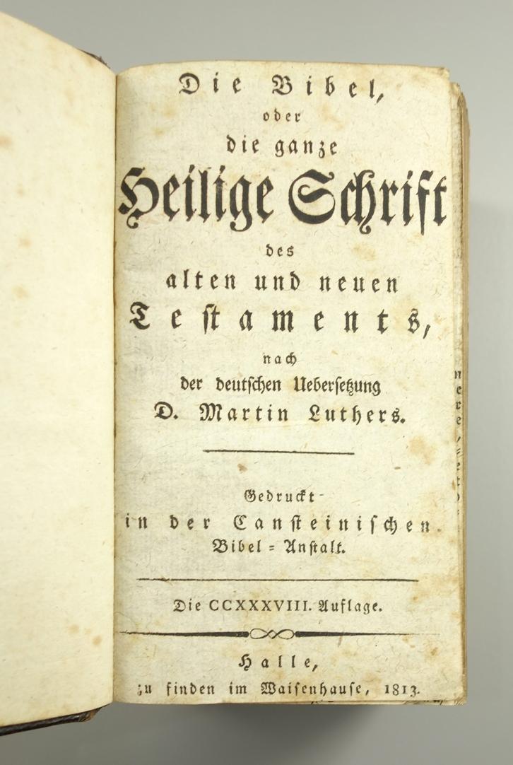 Die Bibel oder die ganze Heilige Schrift, Halle, 1813, 238.Auflage, Ledereinband mit geprägten - Bild 2 aus 2