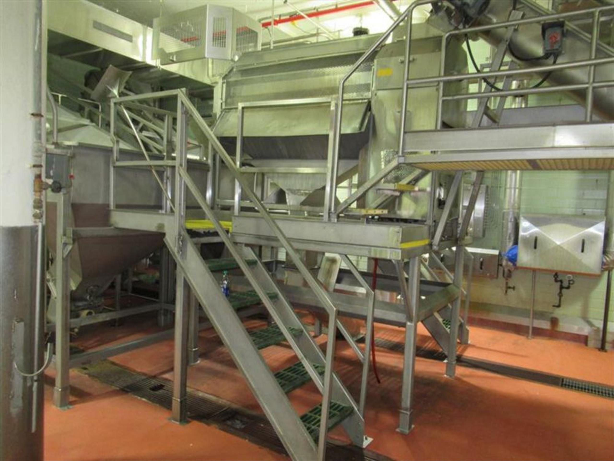 Abrasive peeler continuous washing feeling machine, 4 brush and 4 abrasive rollers, approx 4000