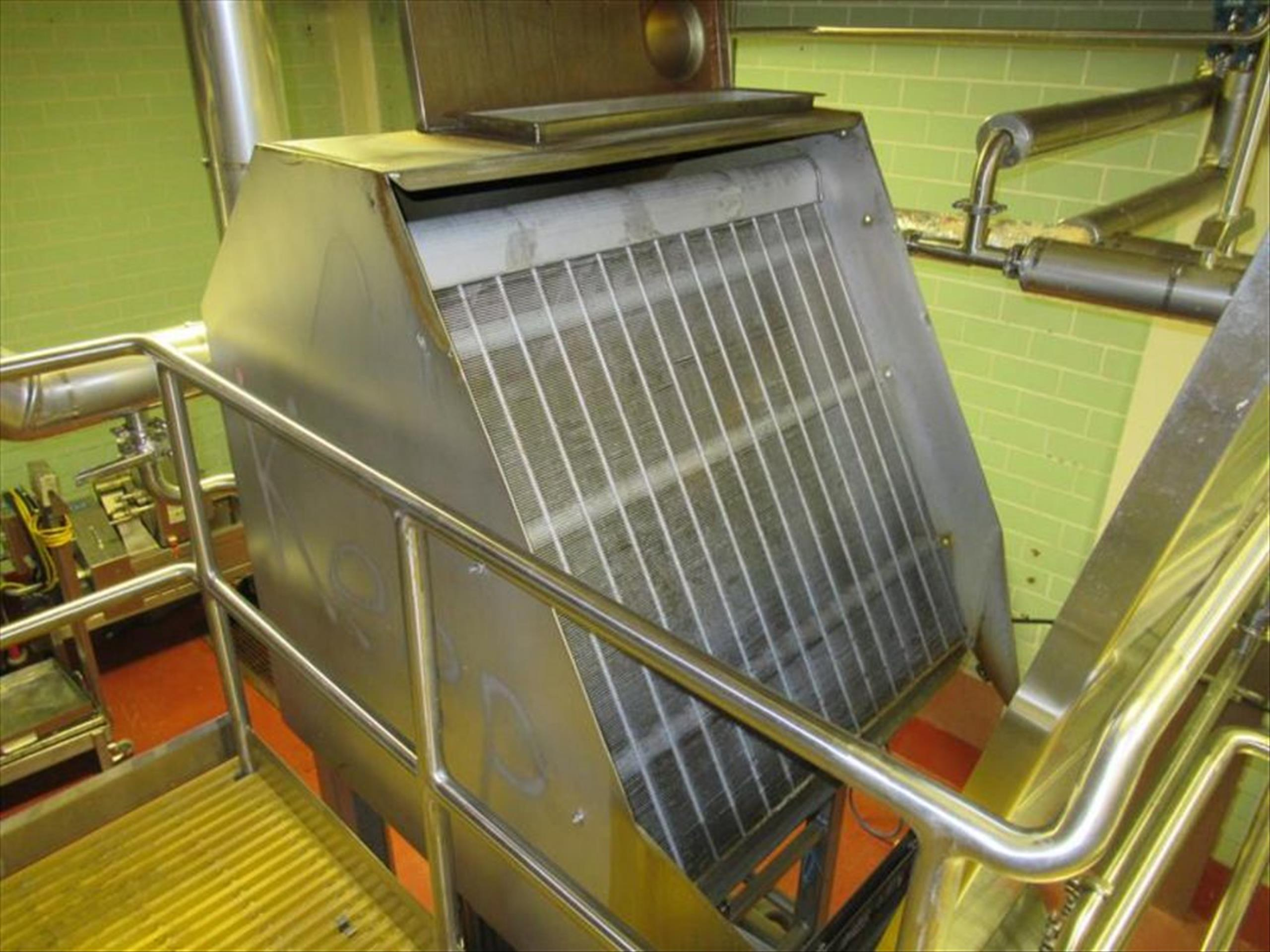 Andritz hydrosieve mod. no. 5 54 2 36 1 approx 48 in w static screen water separator, all