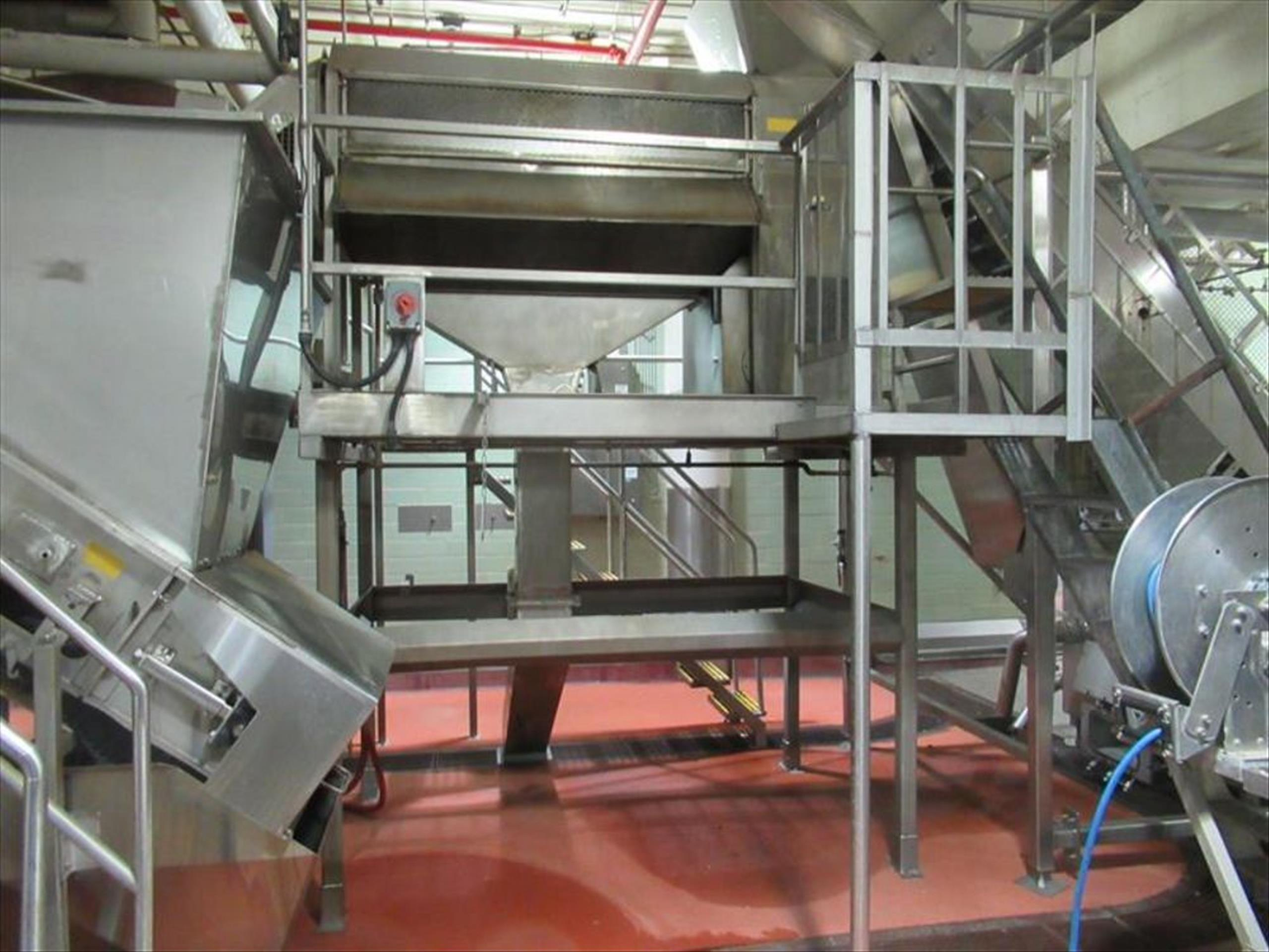 Abrasive peeler continuous washing feeling machine, 4 brush and 4 abrasive rollers, approx 4000 - Image 4 of 4