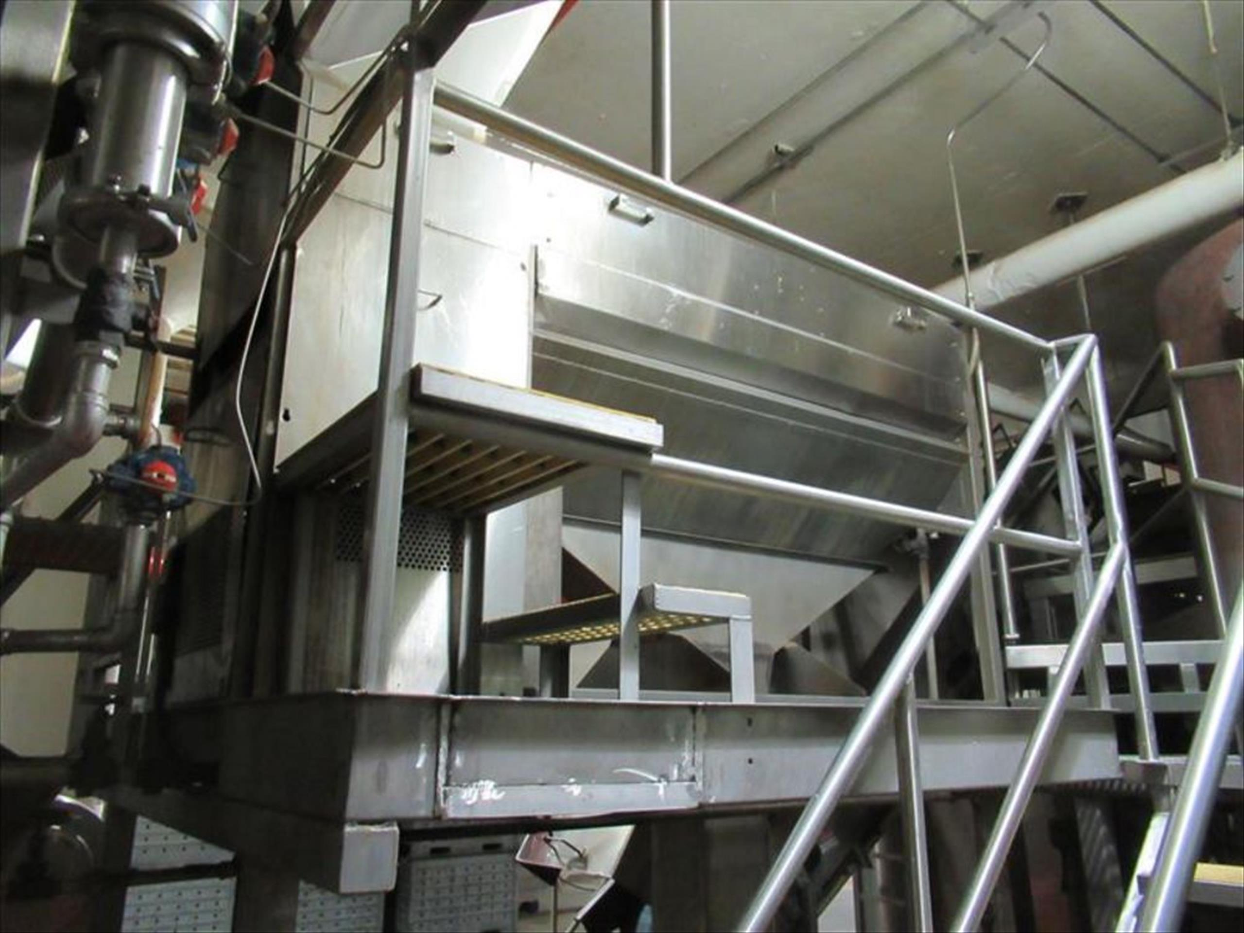 Brush washer with screw continuous washing / scrubbing machine, 6 brush rollers, spray bar, approx